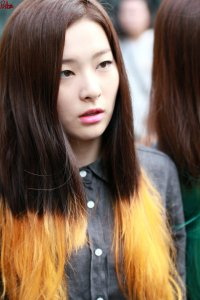 10 Idol Ini Tetap Terlihat Cantik Tanpa Make Up