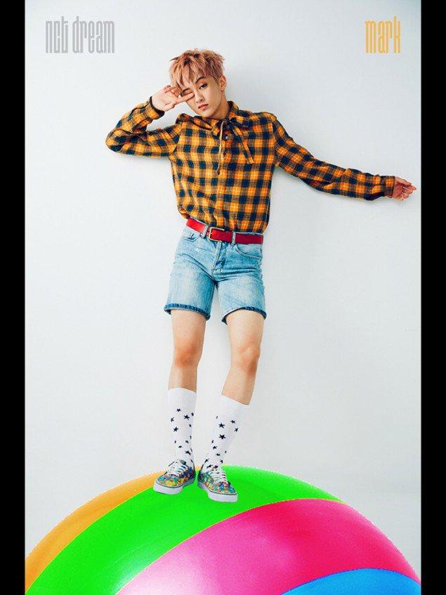 Mark NCT Dream Tampak Manis Dalam Foto-foto In1