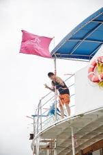 berita-kpop-terbaru-sm-entertainment-bagi-foto-foto-kegiatan-ulang-tahun-ke-20-di-hawai-amber