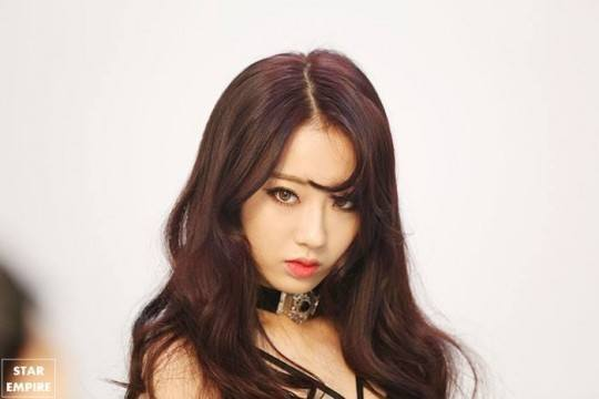 Foto Kyungri 9MUSES Tanpa Make Up Bikin Heboh Para Pria Korea3