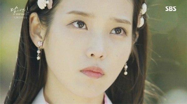 Makeup Dalam Drama Kim Yoo Jung dan IU Dikritik 2