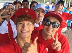 running-man-bertabur-bintang-hadirkan-lebih-100-idol