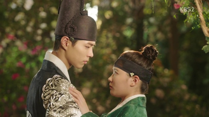 sinopsis-drama-korea-moonlight-drawn-by-clouds-love-in-the-moonlights-episode-7-part-4-end-19