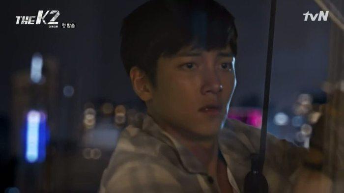 sinopsis-drama-korea-the-k2-episode-1-part-2-3
