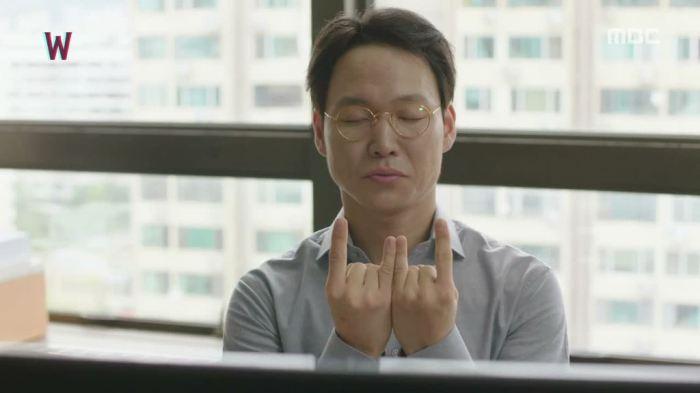 sinopsis-drama-korea-w-two-worlds-episode-15-part-5-end-12