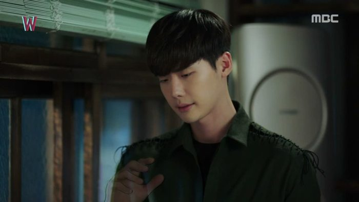 sinopsis-drama-korea-w-two-worlds-episode-15-part-5-end-5