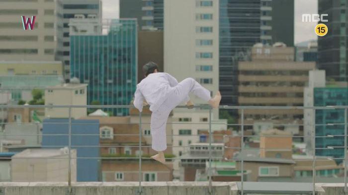 sinopsis-lengkap-drama-korea-w-two-worlds-episode-14-part-2-3