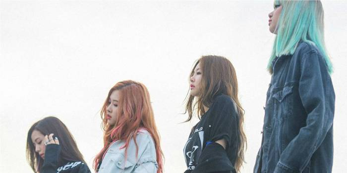 black-pink-jadi-girl-group-pertama-masuk-canadian-hot-100