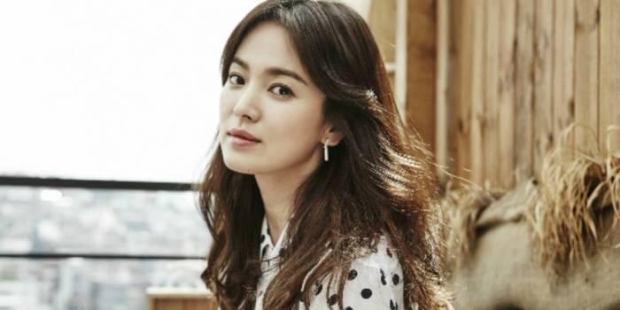 fans-club-song-hye-kyo-beri-hadiah-ulang-tahun-istimewa-kepada-aktris